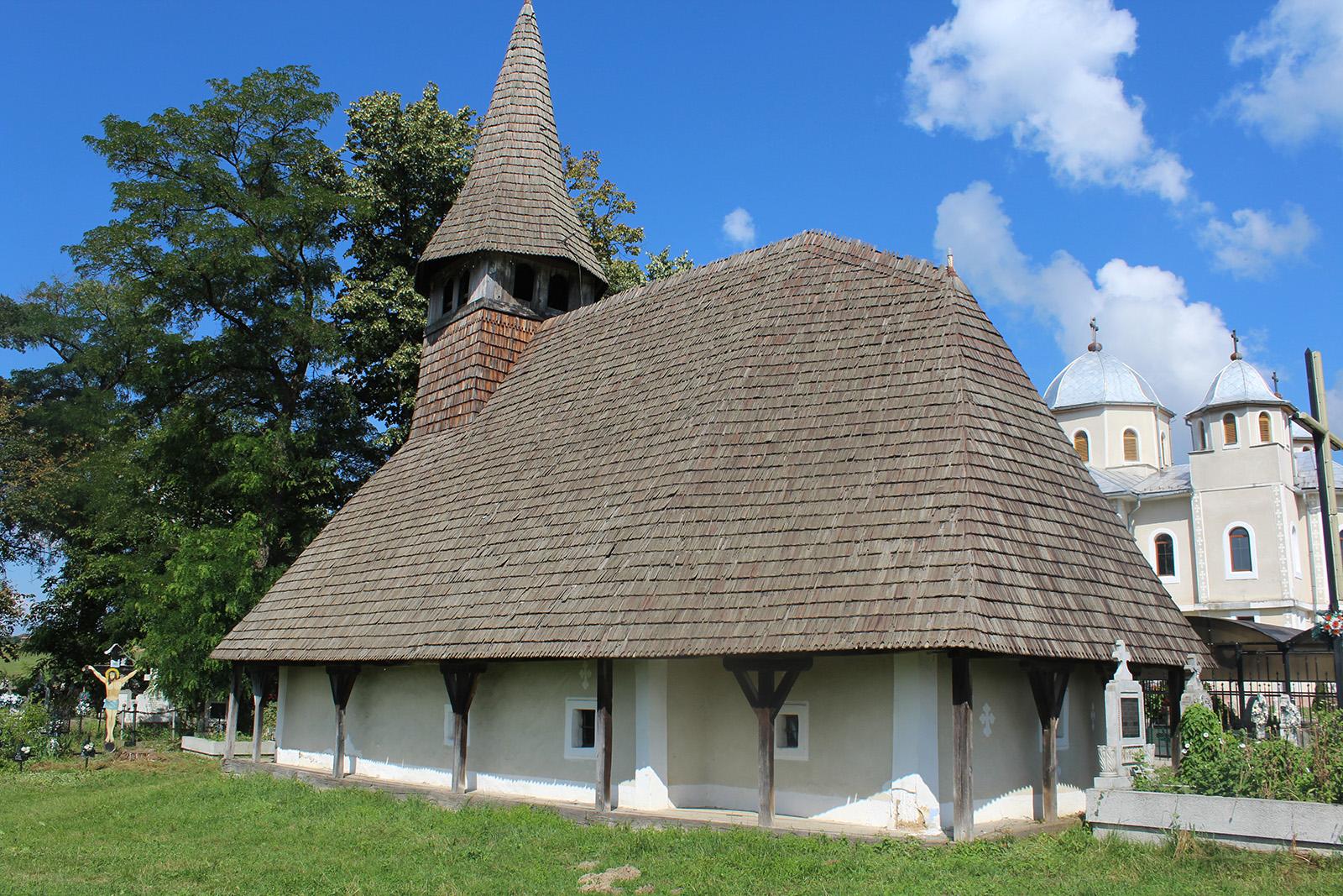 2. Biserica de lemn din VOErciorog