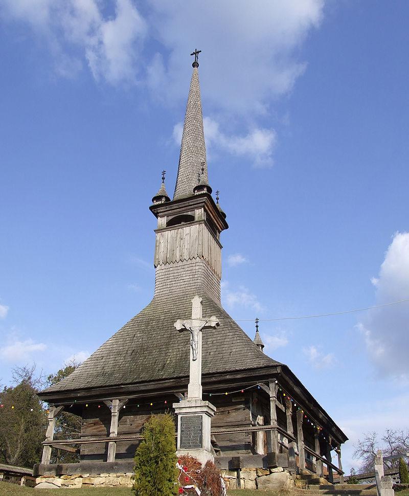 3. Biserica de lemn din Boianu Mare